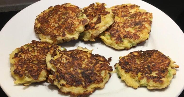 Zuurkoolkoekjes met belegen kaas